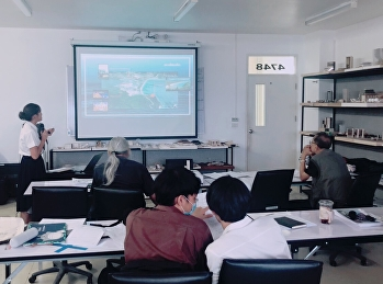 Former president of the Council of Architects and former president of the Association of Thai Community Architects is a member of the Thesis Examination Committee